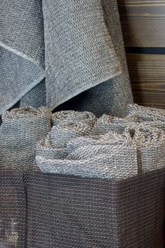 Woodnotes Box Zone paper yarn containers offer many ways to store goods. Home Interior, Container, Tote Bag, Rugs, Box, Accessories, Design, Store, Paper