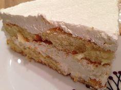 Habos-túrós sütemény készítése sütés nélkül, gyors édesség, sütés nélkül készíthető túrós sütemény, recept fázisfotókkal, Kocsis Hajnalka receptje