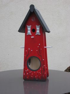 Bird Houses Painted, Bird Houses Diy, Unique Bird Feeders, Diy Bird Bath, Beach Wood, Bird Boxes, Country Paintings, Nesting Boxes, House In The Woods