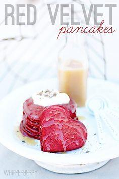 heart shaped red velvet pancakes Red Velvet Desserts, Red Velvet Pancakes, Red Velvet Recipes, Velvet Cupcakes, Pink Desserts, Buttermilk Syrup, Buttermilk Pancakes, Tostadas, Breakfast In Bed