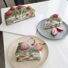 Making me hungry Good Food, Yummy Food, Gateaux Cake, Cafe Food, Aesthetic Food, Food Pictures, Sweet Recipes, Food Photography, Sweet Treats