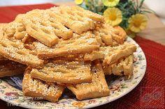 Juhtúrós rácsok szezám maggal szórva – GastroGranny receptjei videóval Apple Pie, Desserts, Food, Tailgate Desserts, Deserts, Essen, Postres, Meals, Dessert
