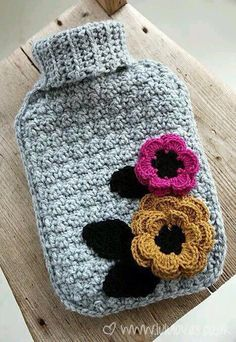 Watch The Video Splendid Crochet a Puff Flower Ideas. Phenomenal Crochet a Puff Flower Ideas. Crochet Home, Love Crochet, Crochet Gifts, Crochet Motif, Beautiful Crochet, Diy Crochet, Crochet Flowers, Crochet Capas, Knitting Patterns
