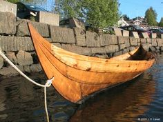 Love the lines....The faering pictured is a very fine replica of the Gokstad faering. Builder is Svein Erik Øya. It is as close as possible to the original in every detail. The boat is located in Sandefjord, Norway, were the Gokstad kystlag (The Gokstad ship guild) resides.