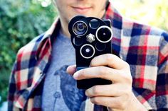 I want one if I get the iPhone 6 :) Rotating Smartphone Accessories - The iPhone Lens Dial