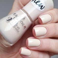 essence the gel nail polish 54 dream on