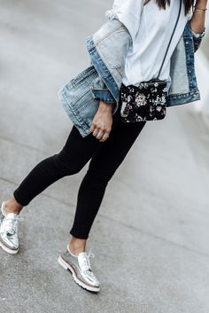 Fall denim with AG and Zappos   Denim jacket outfits   Floral Henri Bendel bag  Tiffany Jais fashion and lifestyle blogger of Flaunt and Center   Houston fashion blogger   Streetstyle blogger