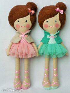 • niepowtarzalne lalki, dla dziecka - baletnica w pudrowych odcieniach