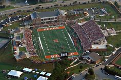 A view from above of the sold out crowd of this past Saturday against Reinhardt at Mercer University Stadium Mercer University, Devry University, Going To University, Private School, Public School, Mercer Football, Best Online Courses, College Courses, Crowd