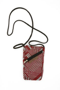 pochette pour téléphone mobile Fashion, Handkerchief Dress, Bag, Taschen, Moda, Fashion Styles, Fasion