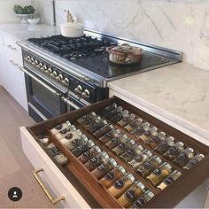 19 motivating and meticulously organized spaces diy kitchen decor 19 motivating and meticulously organized spaces Kitchen Pantry Design, Kitchen Organization Pantry, Diy Kitchen Storage, Modern Kitchen Design, Home Decor Kitchen, Interior Design Kitchen, Home Kitchens, Kitchen Ideas, Organization Ideas