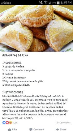 Empanadas de piña More is part of Mexican sweet breads - Mexican Pastries, Mexican Sweet Breads, Mexican Bread, Mexican Dishes, Mexican Cooking, Mexican Food Recipes, Sweet Recipes, Dessert Recipes, Pan Dulce