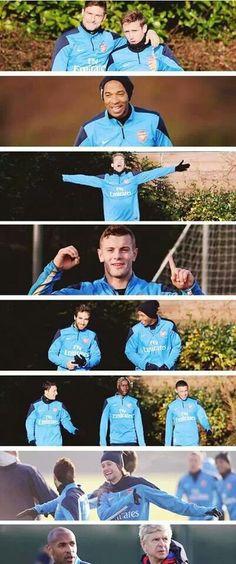 Arsenal in Training Before Match vs Aston Villa 2013-2014.