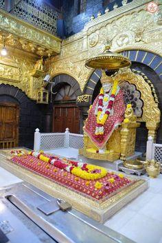 Sai Baba Hd Wallpaper, Sai Baba Photos, Baba Image, Om Sai Ram, Indian Gods, Children In Need, Ganesha, Whatsapp Group, Messages