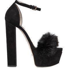 78a7e743c6e6e7 Kitten heels skirt timberland boots jeans