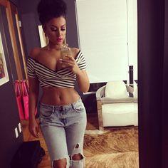 Pinterest: @ уσℓιҒαѕнισиҜ    IG: @уσℓι_мυa ❤️❤️❤️ <--- love this girl's curves..