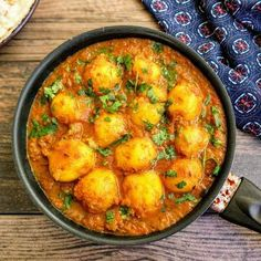 Dum Aloo is a delicious Indian Gravy made with fried baby potatoes slow cooked in a spicy onion, tomato and curd based gravy. Paneer Gravy Recipe, Masala Recipe, Chaat Recipe, Indian Food Recipes, Vegetarian Recipes, Ethnic Recipes, Kashmiri Recipes, Vegetarian Curry, Indian Potato Recipes