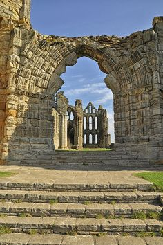 Whitby Abbey by Colin'sPic's, via Flickr Beautiful Ruins, Beautiful Buildings, Yorkshire England, North Yorkshire, Whitby Abbey, English Heritage, Manor Houses, Seaside Towns, Gothic Architecture