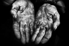 healthy living tips wellness programs for women Best Bookmarks, Hand Photography, Contrast Photography, A Writer's Life, Decorating With Pictures, Wellness Programs, Black N White Images, Black White, Lee Jeffries