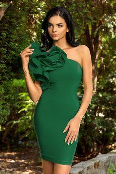 One Shoulder, Shoulder Dress, Green Dress, Formal Dresses, Queens, Fashion, Vestidos, Green, Dresses For Formal
