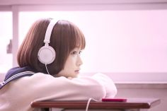 School Girl Japan, School Uniform Girls, High School Girls, Japan Girl, Girl Photo Poses, Girl Poses, Liar And His Lover, Girl With Headphones, Human Poses Reference
