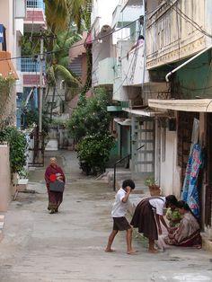 #magiaswiat #puthaparthi #podróż #zwiedzanie #indie #blog #indie #rzekaczitrawati #salamedytacyjna #szpital #posagibogów #wioska Indie, Street View, Blog, Blogging
