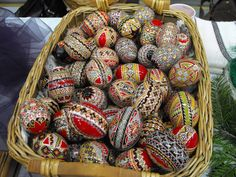 Easther eggs My Heritage, Spring Trends, First They Came, Easter Crafts, Trip Planning, Easter Eggs, Places Ive Been, Country, Artsy Fartsy
