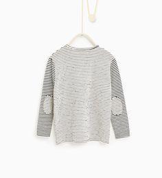 Image 2 de T-shirt à rayures assorties de Zara