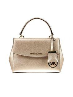 MICHAEL MICHAEL KORS Clutch Clutch Woman Michael Kors. #michaelmichaelkors #bags #clutch #hand bags #