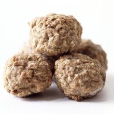 This is a guide about freezing meatballs. Sometimes it is easier to make meatballs in a large batch and then freeze some. If they are properly frozen they will maintain their quality and be ready for another meal.
