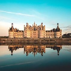 Not sure where to head this the Loire Valley, of course! Château de Chambord is full of fairytale activities 👑 📷: . Visit France, South Of France, Chambord Castle, Loire Valley, Fairytale Castle, Historical Monuments, France Photos, Unique Architecture, Beautiful Places To Visit