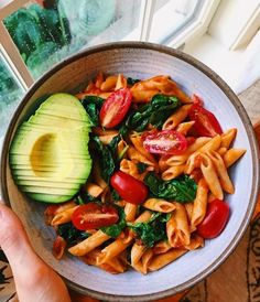 Easy Healthy Breakfast Ideas & Recipe to Start Excited Day healthy lunch recipes Healthy Drinks, Healthy Snacks, Healthy Eating, Healthy Recipes, Diet Recipes, Recipes Dinner, Yummy Healthy Food, Health Food Recipes, Healthy Junk Food