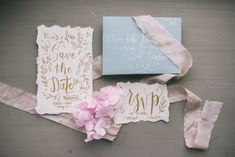 Planning a destination wedding is the thrill of a lifetime. When organizing a wedding from abroad, avoid these mistakes. Get your notes ready! Wedding Planning Tips, Wedding Tips, Luxury Wedding, Wedding Day, Wedding Stationery Sets, Wedding Invitations, Diy Wedding Inspiration, Dallas Wedding Venues, Sustainable Wedding