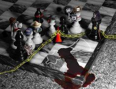 Hee creepy. Chess murder!