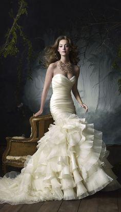 Lazaro Perez... Love this dress