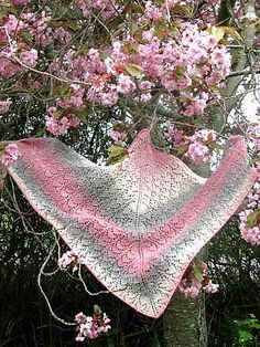 Free Pattern: Campanula in Pink by Ann Linderhjelm