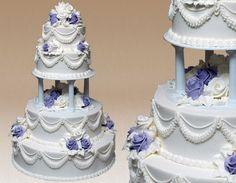 Montilio's Traditional Wedding Cakes