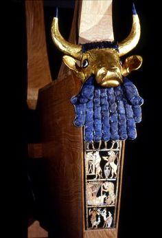 "Bull's Lyre, soundbox, from ""The Kings Grave"" tomb. Epic Beard, Lapis Lazuli, Art History, Egyptian, Museum, Antiques, Gold, Beards, Pennsylvania"