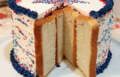 Prevent Cake from Going Stale with Bread and Toothpicks   32 Bachelor Hacks That Will Improve Everyone's Lives