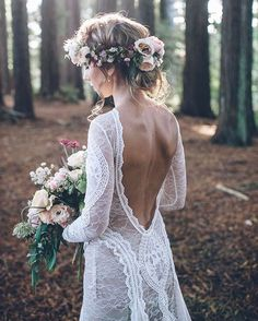 "1,050 curtidas, 12 comentários - Engaged Life (@engagedlife) no Instagram: ""You cannot go wrong in @grace_loves_lace ✨ Photo. @janekeam Flowers. @rosieswildflowerco HAMU.…"""