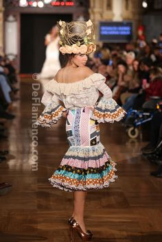 Fotografías Moda Flamenca - We Love Flamenco 2014 - Rosalía Zahíno - X de…
