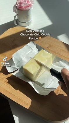 Fun Baking Recipes, Sweet Recipes, Cookie Recipes, Dessert Recipes, Chip Cookie Recipe, Baking Tips, Dessert Drinks, Easy Snacks, Diy Food