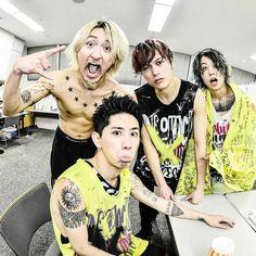 Listen to every One OK Rock track @ Iomoio One Ok Rock, Takahiro Moriuchi, Saitama Super Arena, Mi One, First Story, Melanie Martinez, Six Feet Under, Visual Kei, Kpop