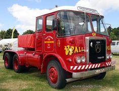 Vintage Trucks, Old Trucks, Old Lorries, Commercial Vehicle, Classic Trucks, Buses, Britain, Transportation, Vans