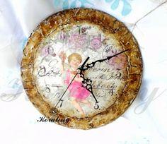 Zegar retro z aniołem