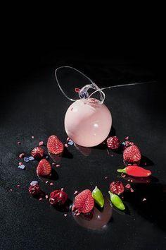 Strawberry mousse, so delicate and elegant Pasticceria De Bellis - la galleria fotografica della nostra originale produzione