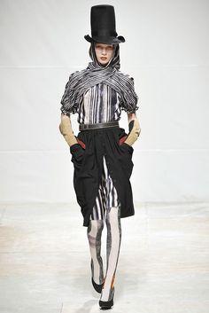 Wunderkind Fall 2009 Ready-to-Wear Fashion Show - Elsa Sylvan (OUI)