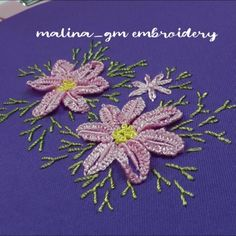 Dimensional Embroidery | Pink daisies | embroidery for beginners Hand Embroidery Patterns Flowers, Hand Embroidery Projects, Basic Embroidery Stitches, Hand Embroidery Videos, Embroidery Stitches Tutorial, Embroidery For Beginners, Crewel Embroidery, Hand Embroidery Designs, Embroidery Techniques
