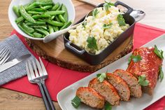 Recipe: Turkey Meatloaf with Creamy Mashed Potatoes & Sauteed Snap Peas - Blue Apron New Recipes, Cooking Recipes, Favorite Recipes, Healthy Recipes, Cooking Ideas, Summer Recipes, Easy Recipes, Dinner Recipes, Bon Appetit