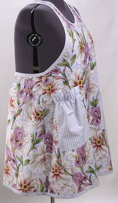 Plus Size Apron in Large Floral by SusannahsKitchen on Etsy